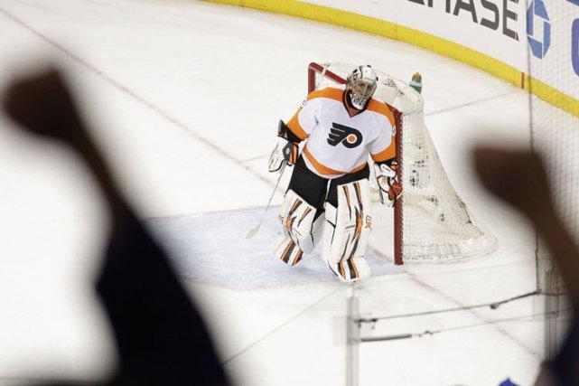 Se qualifiant de «Band-Aid», Ray Emery a permis aux Flyers de Philadelphie de... (Photo: AP)