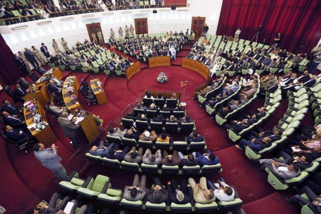 L'Assemblée constituante, élue le 20 février pour rédiger... (PHOTO ESAM OMRAN AL-FETORI, REUTERS)