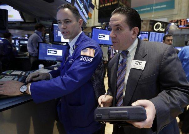 Les investisseurssont d'autant plus enclins à rester à... (Photo Richard Drew, archives AP)