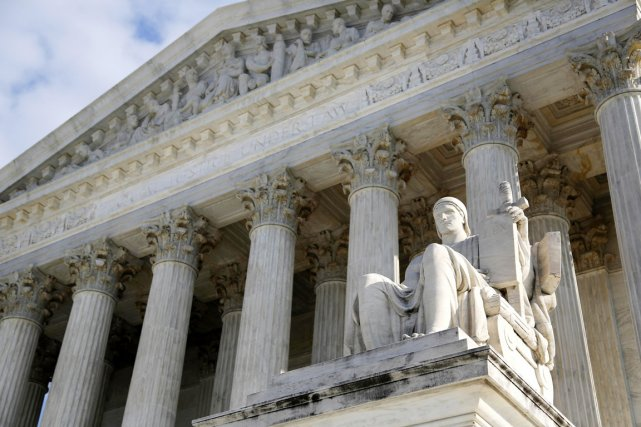 Selon la Cour suprême, les victimes de pornographie... (PHOTO JONATHAN ERNST, ARCHIVES REUTERS)