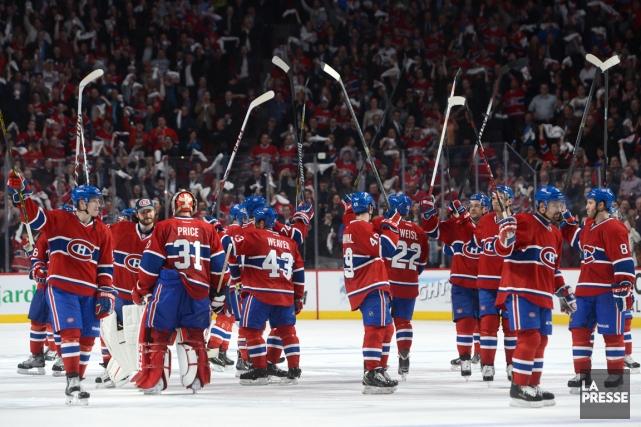 Les joueurs du Canadien ont remercié leurs partisans... (Photo Bernard Brault, La Presse)