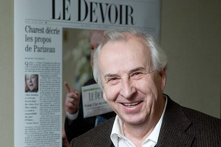Bernard Descôteaux, directeur du Devoir.... (PHOTO PAUL CHIASSON, ARCHIVES LA PRESSE CANADIENNE)