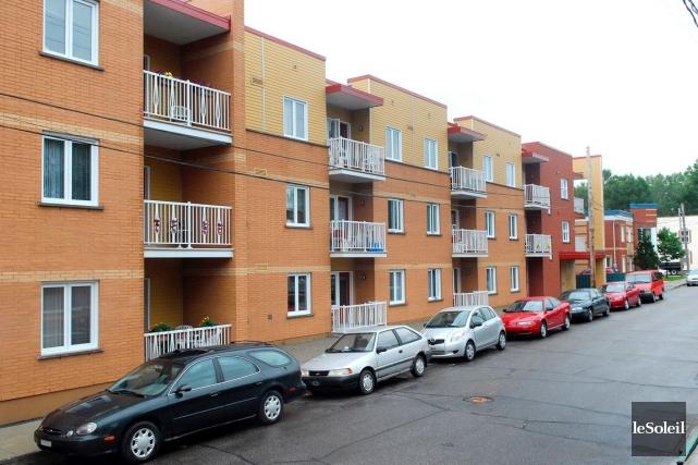 Montréal n'a pas le pouvoir de forcer ses promoteurs à inclure 30% de logements... (Photothèque Le Soleil, Patrice Laroche)