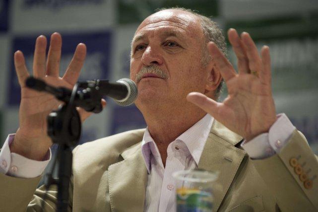 Le sélectionneur de l'équipe du Brésil, Luiz Felipe... (Photo Nelson Almeida, AFP)