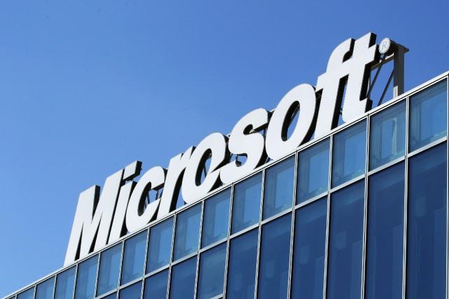 Si ses ventes de PC ont ralenti, Microsoft... (Photo archives Reuters)