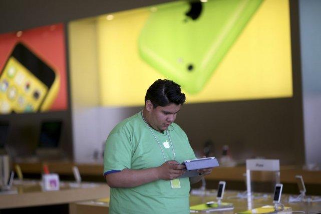 Une plainte, déposée en 2011, accusait plusieurs entreprises... (PHOTO ROBERT GALBRAITH, ARCHIVES REUTERS)