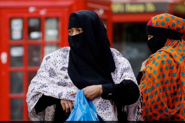 Les autorités britanniques ont promis aux femmes musulmanes... (PHOTO LUKE MCGREGOR, ARCHIVES REUTERS)