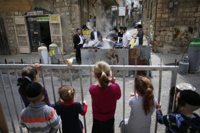 «Aujourd'hui l'Holocauste sert de référence constante aux politiciens,... (PHOTO RONEN ZVULUN, REUTERS)