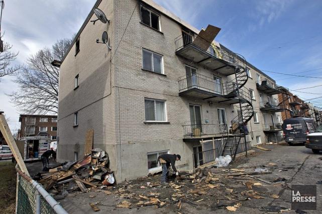Un incendie dont la cause n'est toujours pas déterminée s'est déclenché dans la... (Photo Patrick Sanfaçon, La Presse)