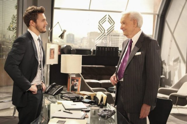 Scott Clifton et Bob Barker sur le tournage... (Photo: AP)