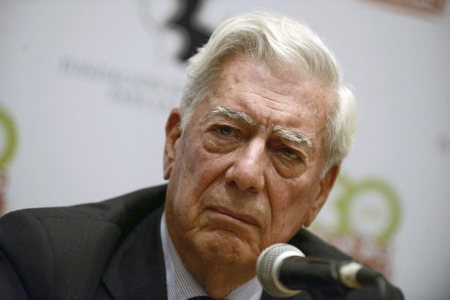 Mario Vargas Llosa... (Photo: archives AFP)
