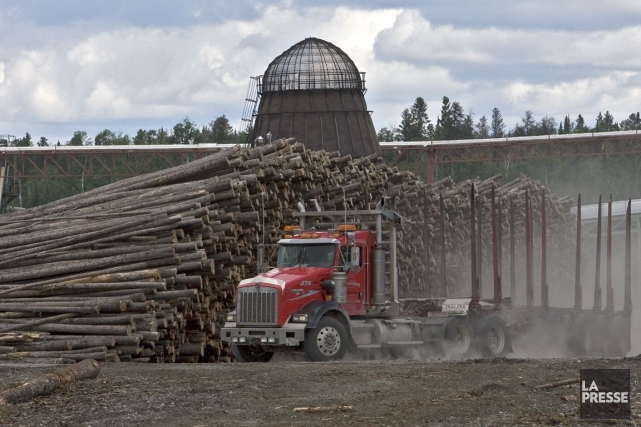 Même si l'accord sur le bois d'oeuvre est... (PHOTO PATRICK SANFAÇON, ARCHIVES LA PRESSE)