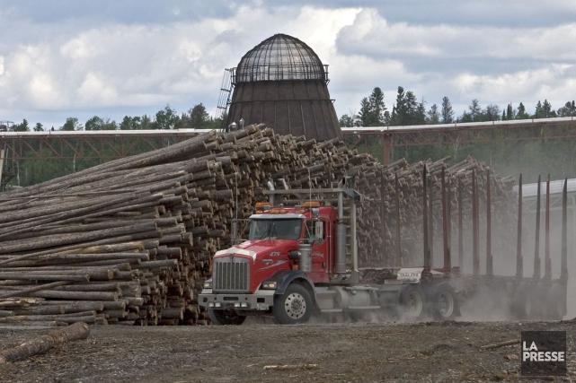 Les prix du bois d'oeuvre aux États-Unis étaient... (PHOTO PATRICK SANFAÇON, ARCHIVES LA PRESSE)