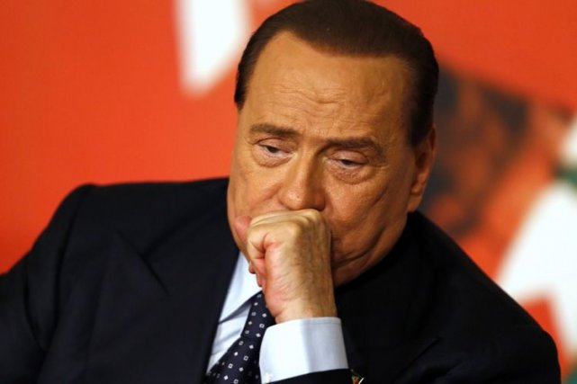 L'ex-chef du gouvernement italien Silvio Berlusconi.... (Photo archives Reuters)
