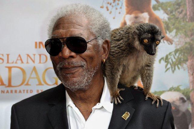 Morgan Freeman est arrivé à la première du... (Photo Richard Shotwell, La Presse Canadienne)