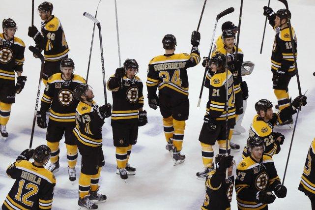 Hockey: Séries 2014 846304-bruins-boston-elimine-red-wings