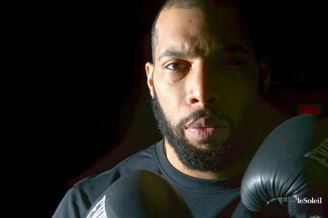 Le boxeur de Québec Éric Martel-Bahoéli... (Photothèque Le Soleil, Yan Doublet)