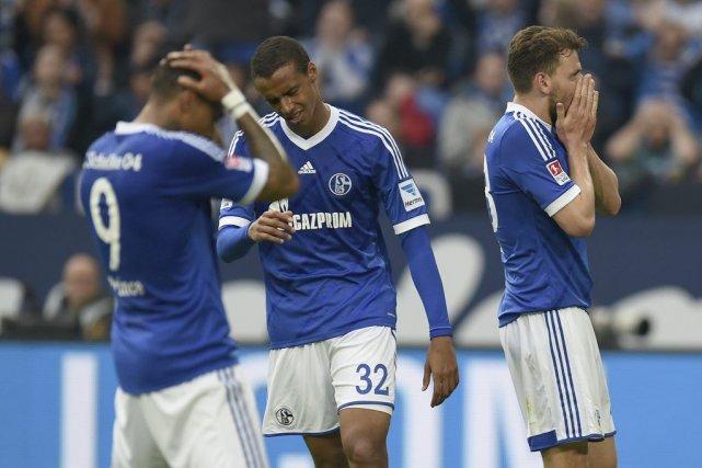 La défaite de Schalke assure la deuxième place... (PHOTO PATRIK STOLLARZ, AFP)