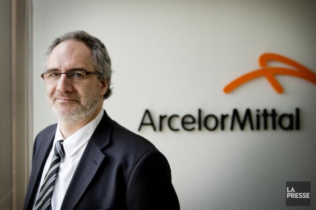 Éric Tétrault, directeur des communications et affaires publiques... (Photo Marco Campanozzi, La Presse)