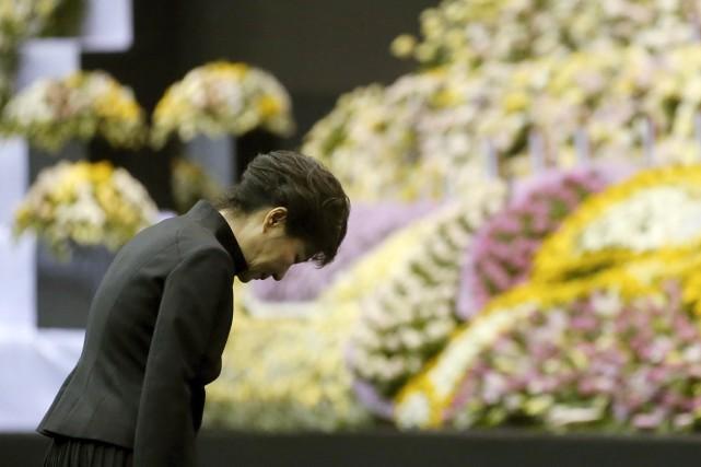La présidente s'était rendue plus tôt mardi à... (PHOTO DO KWANG-HWAN, REUTERS/YONHAP)