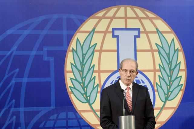 Le directeur général de l'OIAC Ahmet Uzumcu.... (PHOTO TOUSSAINT KLUITERS, ARCHIVES REUTERS)