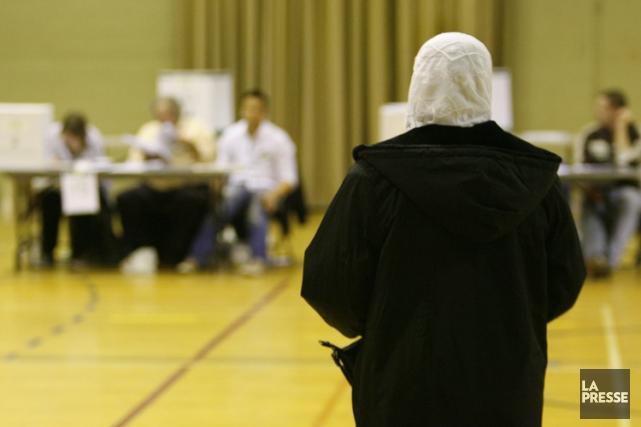 La tentative du Bloc québécois de faire interdire le vote à visage couvert a... (Photo: François Roy, archives La Presse)