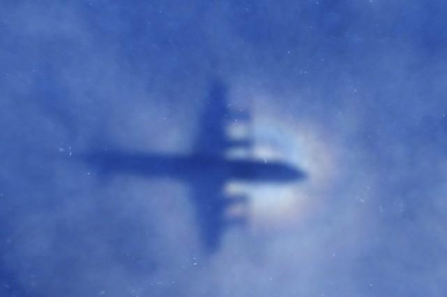 Les recherches aériennes ont été arrêtées, les chances... (Photo: AP)