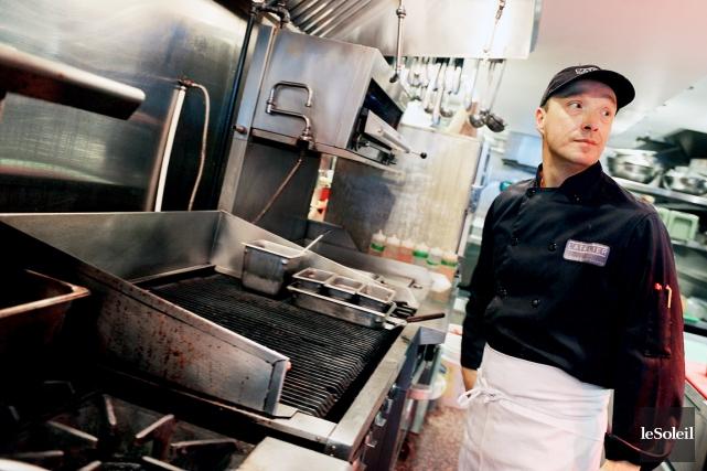 Dans les cuisines du restaurant L'Atelier à Québec,... (Photo Erick Labbé, Le Soleil)