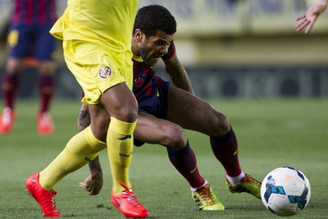 Le défenseur du FC Barcelone Dani Alves.... (Photo Jaime Reina, AFP)