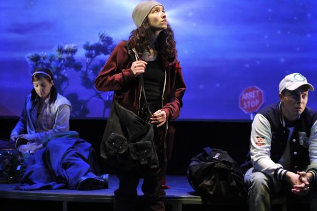 Un groupe d'amis décide de partir à la... (Photo: Louise Leblanc, fournie par la Maison Théâtre)