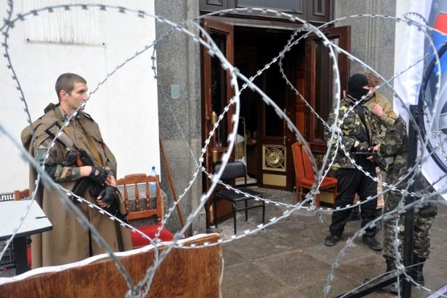Les rebelles pro-russes ont continué ces derniers jours... (Photo: AFP)