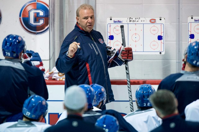 L'entraîneur Michel Therrien a donné ses dernières instructions,... (Photo Paul Chiasson, PC)