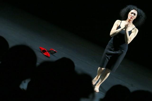 L'artiste italienne Cristiana Morganti en spectacle au Funaro.... (Photo: AFP)