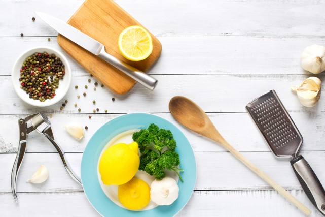 Votre grand-mère est inspirante en cuisine? Elle manie toujours les casseroles... (Photo Digital/Thinkstock)