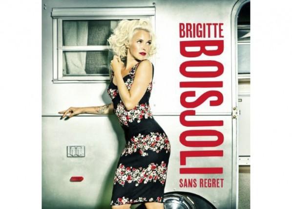 Après son passage à Star Académie, Brigitte Boisjoli a lancé sa première carte...