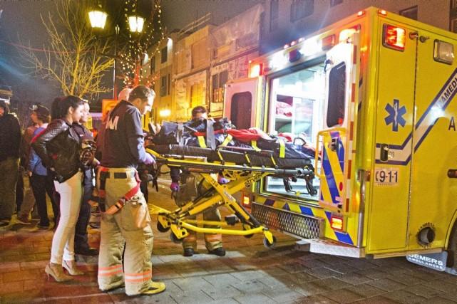 L'homme a été transporté à l'hôpital,où on ne... (PHOTO FÉLIX O.J. FOURNIER, COLLABORATION SPÉCIALE)