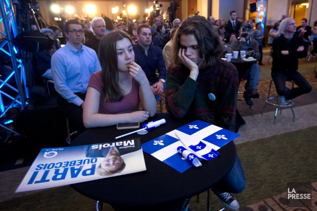 Plusieurs ont trouvé la soirée électorale bien longue,... (PHOTO ROBERT SKINNER, ARCHIVES LA PRESSE)