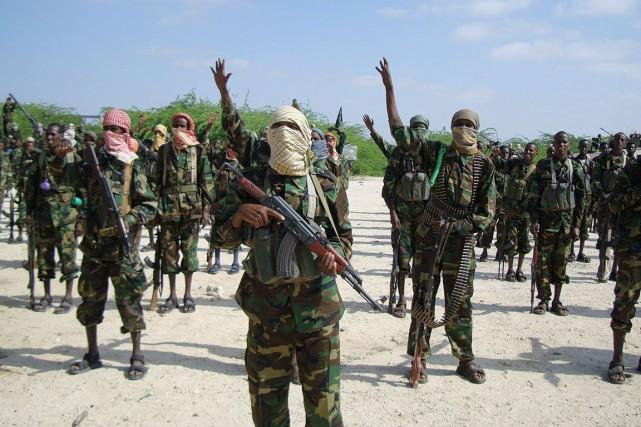 Les rebelles somaliens shebab ont attaqué le palais... (PHOTO ARCHIVES AFP)
