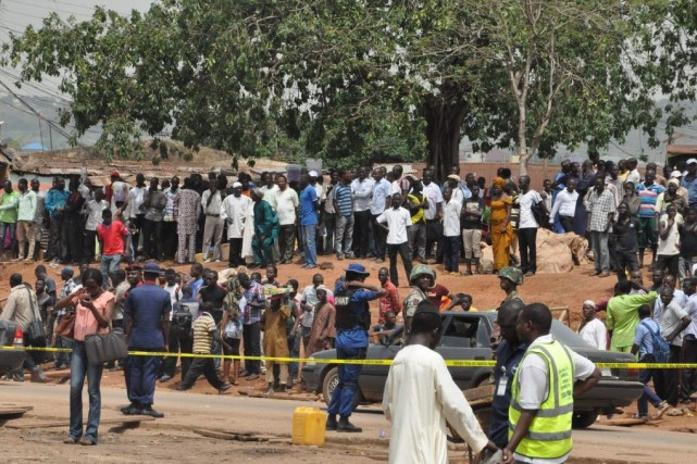 La responsabilité des explosions survenues le 14 avril... (Photo Gbemiga Olamikan, AP)
