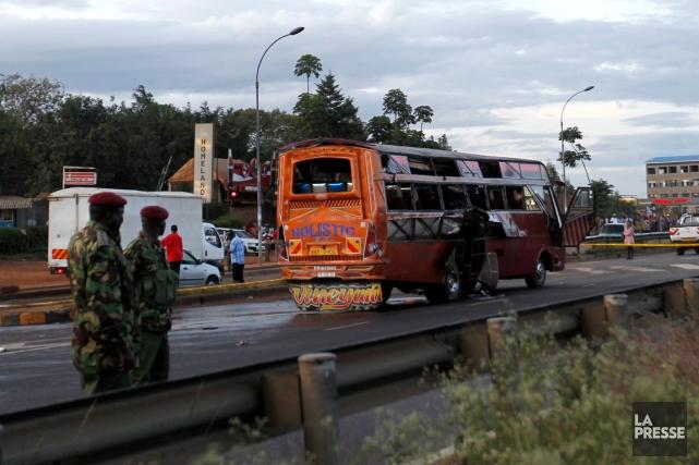 Selon des médias kenyans, les explosifs, vraisemblablement de... (PHOTO THOMAS MUKOYA, REUTERS)