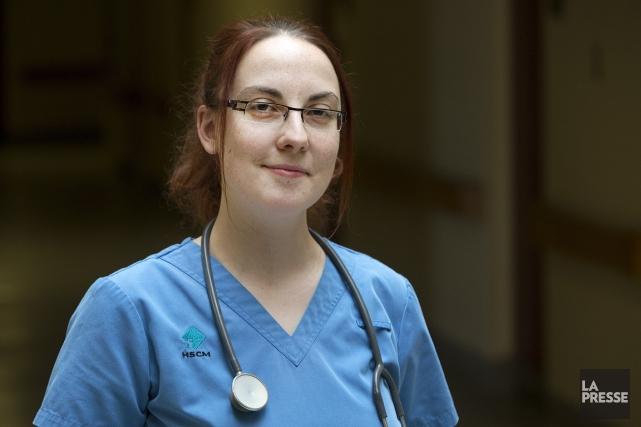 Josianne Collin est infirmière auxiliaire à l'hôpital du... (PHOTO ROBERT SKINNER, LA PRESSE)