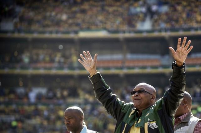 Bien qu'en légère baisse, l'ANC de Jacob Zuma... (PHOTO GIANLUIGI GUERCIA, ARCHIVES AFP)