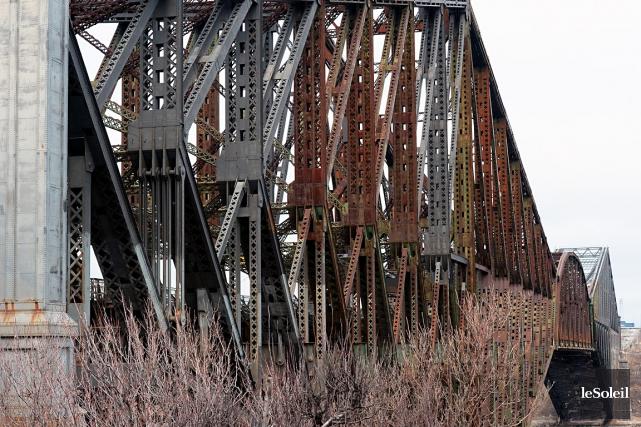 Le pont de Québec... (Photothèque, Le Soleil, Erick Labbé)