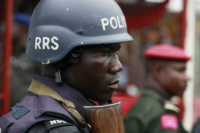 Un policier nigérien.... (Photo Sunday Alamba, Associated Press)
