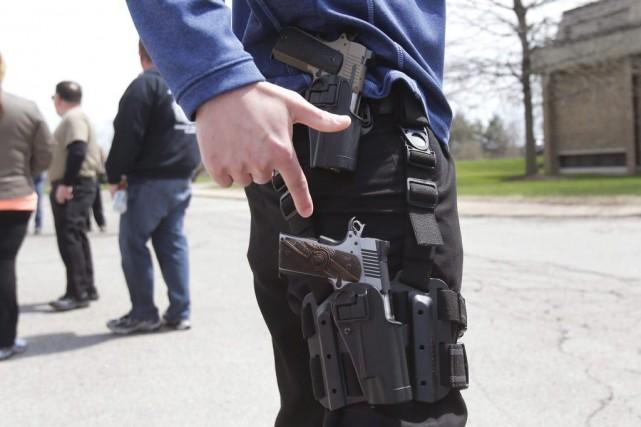Tats unis acheter une arme pour un tiers est d clar for Acheter une maison aux etats unis