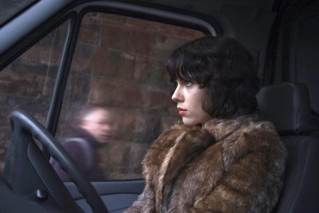 Scarlett Johansson incarne une extraterrestre intriguée par la... (Photo: fournie par A24/Métropole Films)