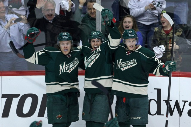 Mikaël Granlund (à gauche) a célébré son but avec... (Photo Brace Hemmelgarn, USA Today)