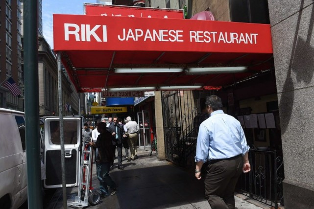 Cet établissement de cuisine japonaise traditionnelle sans chichi... (Photo EMMANUEL DUNAND, AFP)