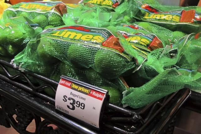 Un sac de limes vendu 3,99$ US dans... (Photo Reed Saxon, archives AP)