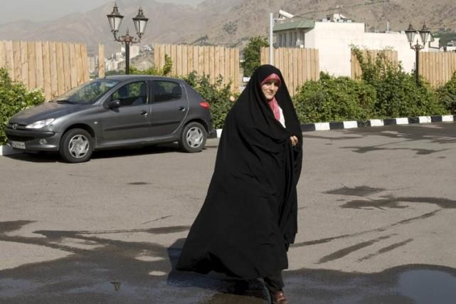 Les forces de police iraniennes incluent une unité... (Archives Reuters)